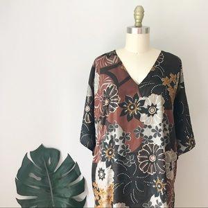 Vintage • Multi-Floral Design V-Neck Caftan